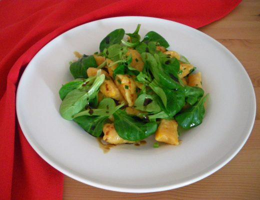 Rezepte - Gnocchi & Kartoffeln - Kürbis-Gnocchi mit Feldsalat - glutenfrei & vegan