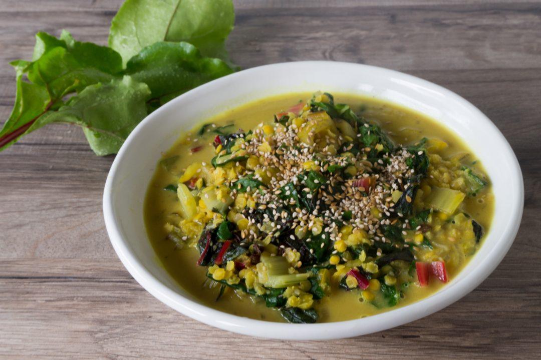 Rezepte - Eintopf - Gemüse - Curry mit Mangold und Linsen - clean eating glutenfrei