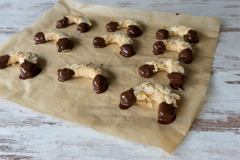 Gebäck - Süßes - Mandelhörnchen - glutenfrei backen - ohne Kristallzucker