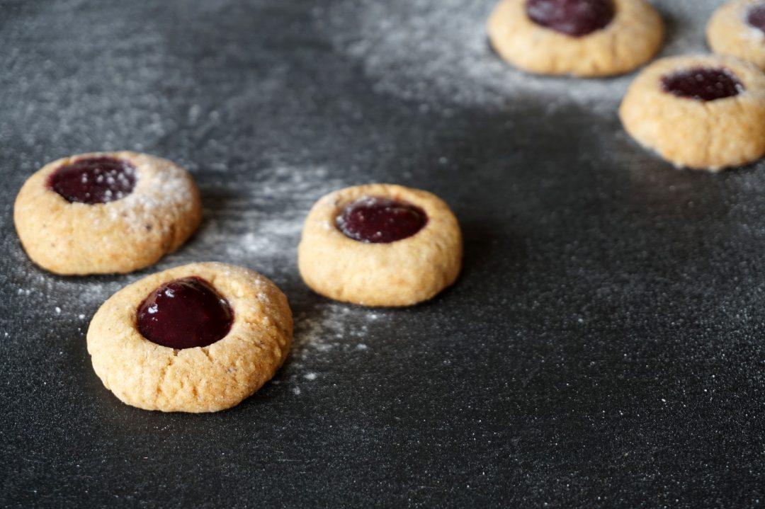 Rezepte - Weihnachtsbäckerei - Plätzchen - Weihnachten - glutenfrei - gesund - Husarenkrapfen - Engelsaugen