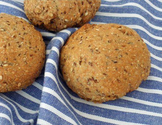 Rezepte - Brötchen - Ur-Dinkel Brötchen mit Flohsamen - weizenfrei & vegan