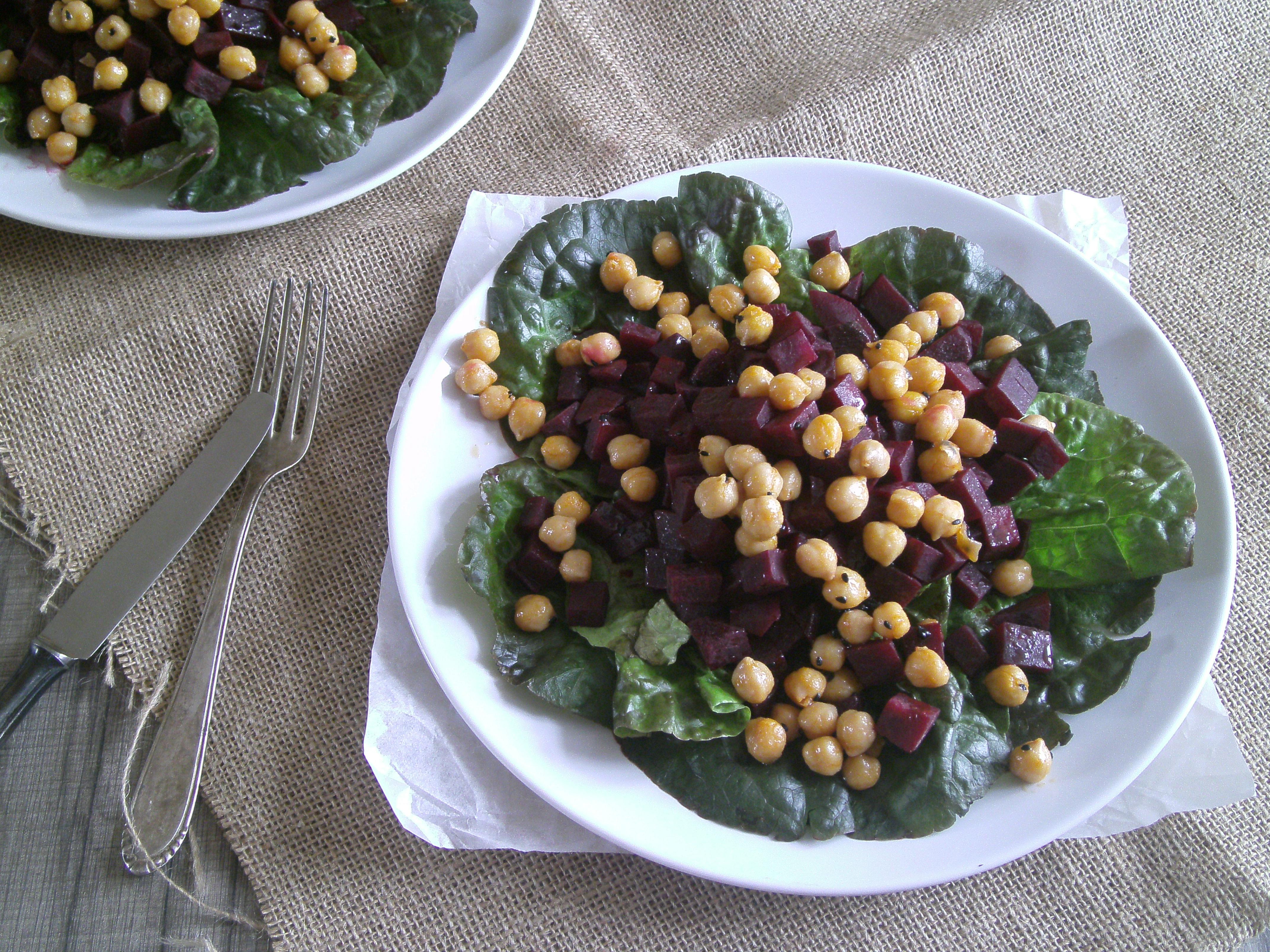 Warmer Rote Beete Salat Mit Kichererbsen Meergrünes